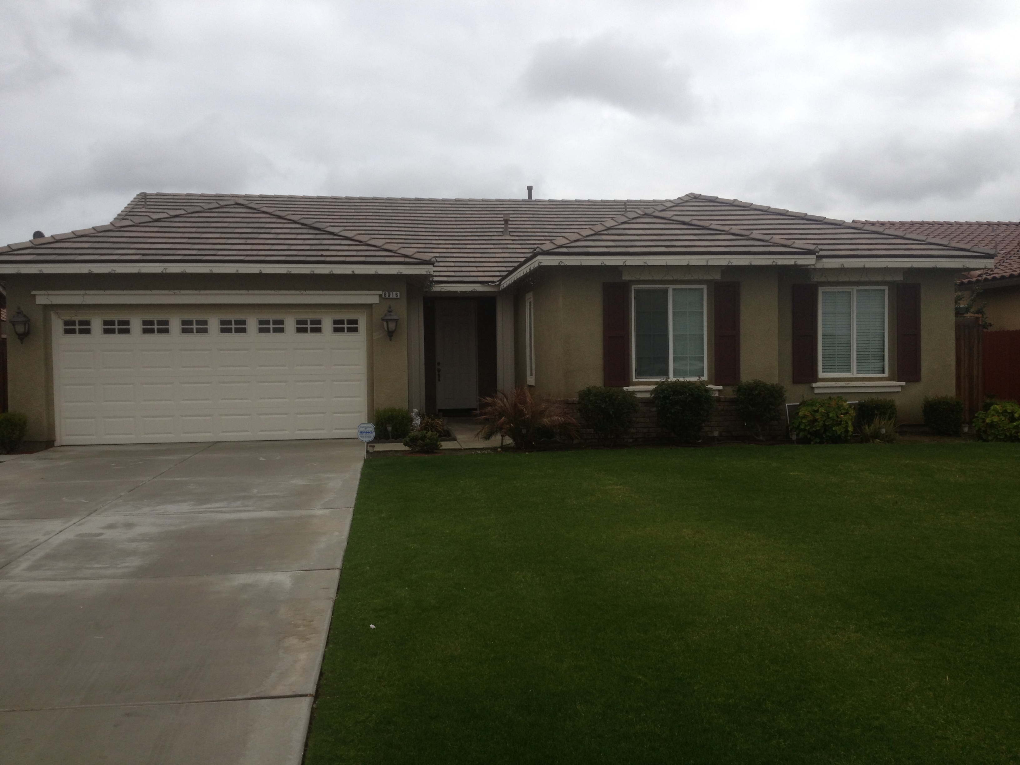 Houses for rent in bakersfield ca house plan 2017 for Home builders bakersfield